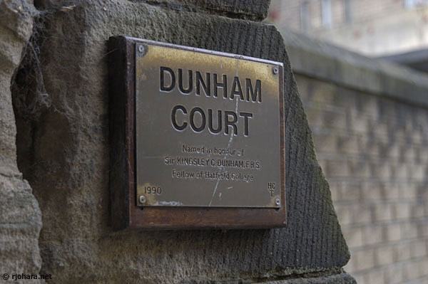 [Dunham Court plaque honoring Kingsley Dunham, Hatfield College]