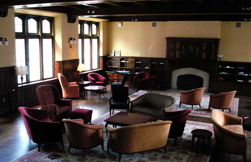 [Josselyn House junior common room, Vassar College]