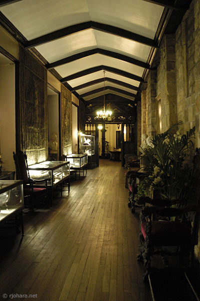 [Formal entrance hall near the SCR and dining hall of the Castle, Durham University]